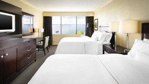 wes1084gr-172800-Dbl-dbl-Lakeview-Guest-Room
