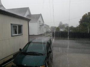 minivan-rain